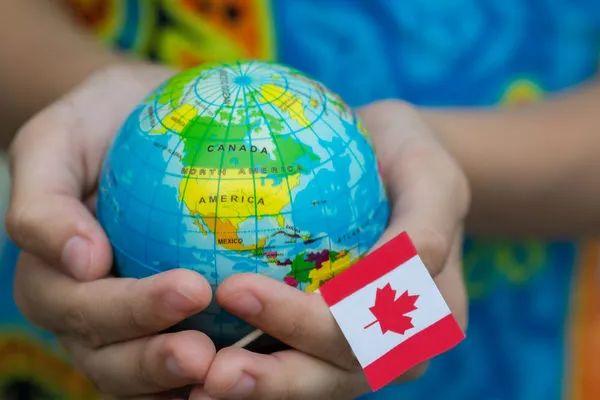 加拿大绿色直通车SDS学签计划再次扩展7个国家!20天下学签不是梦!