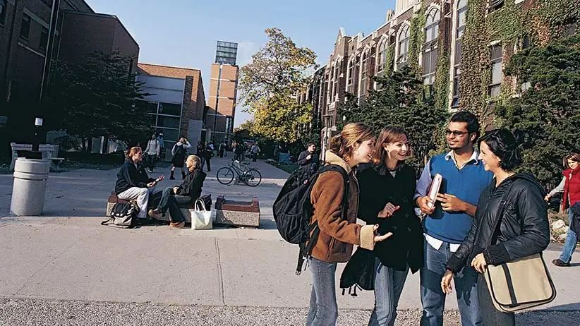 想来安省读书就不能错过这个学校啦!攻略下温莎大学这一篇就够啦!